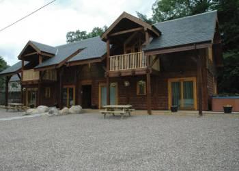 Glen Clova Lodges