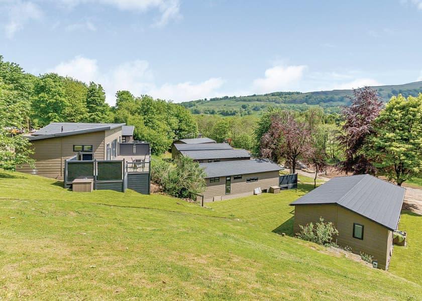 Aysgarth Lodges