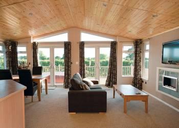 Athelington Hall Farm Lodges