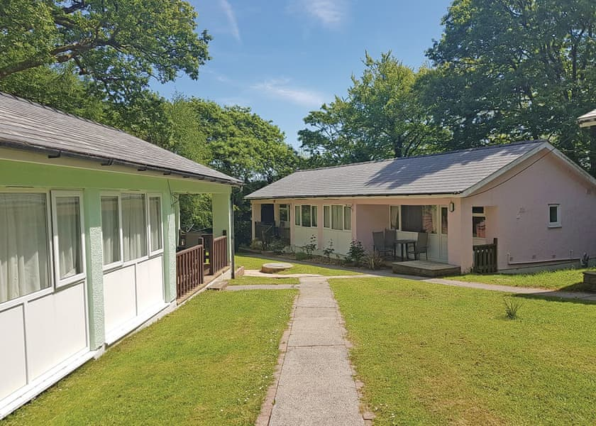 Valley Grove Bungalows, Saundersfoot,Pembrokeshire,Wales