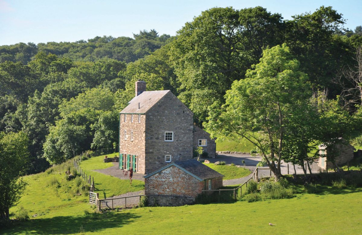 Self Catering Cottage Holidays at Lletty