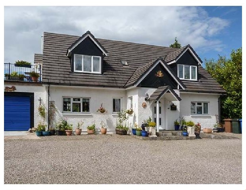 Self Catering Cottage Holidays at The Apartment