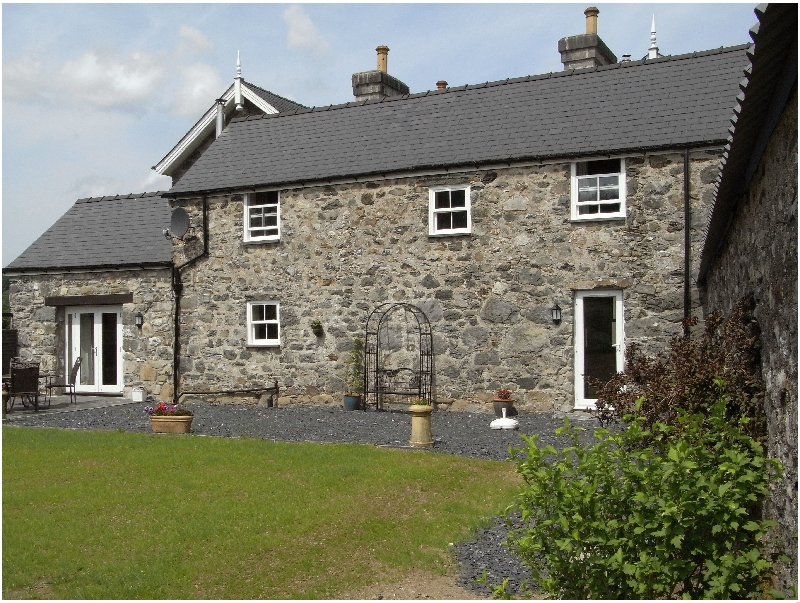 Self Catering Cottage Holidays at Y Bwythyn at Henfaes