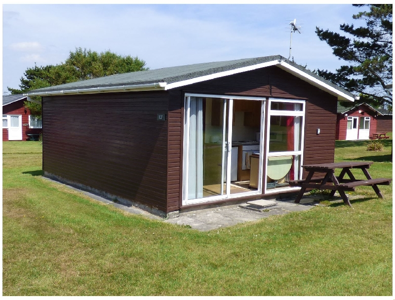 Self Catering Cottage Holidays at Chalet 117