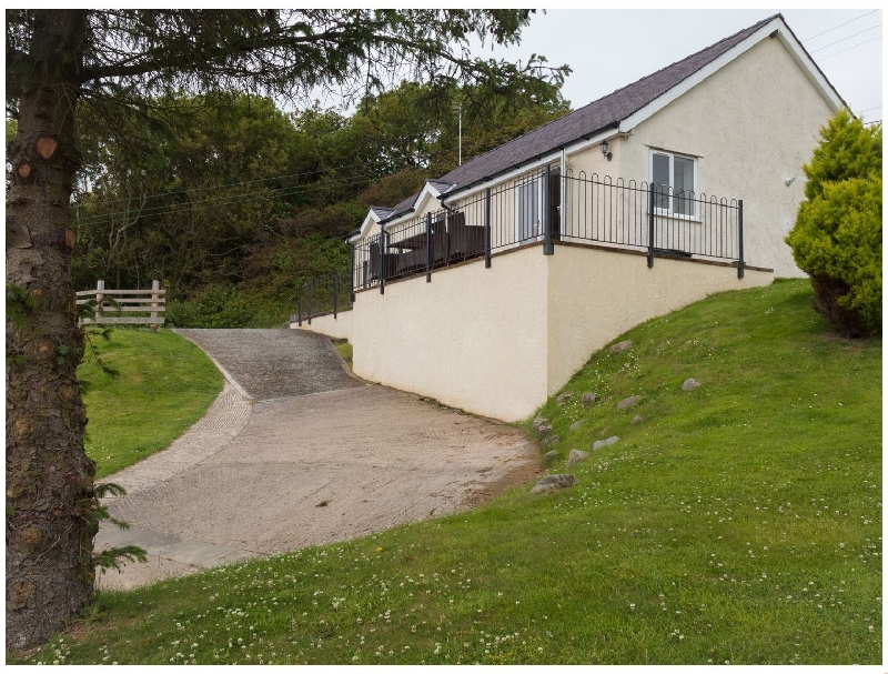 Self Catering Cottage Holidays at Hen Felin Uchaf