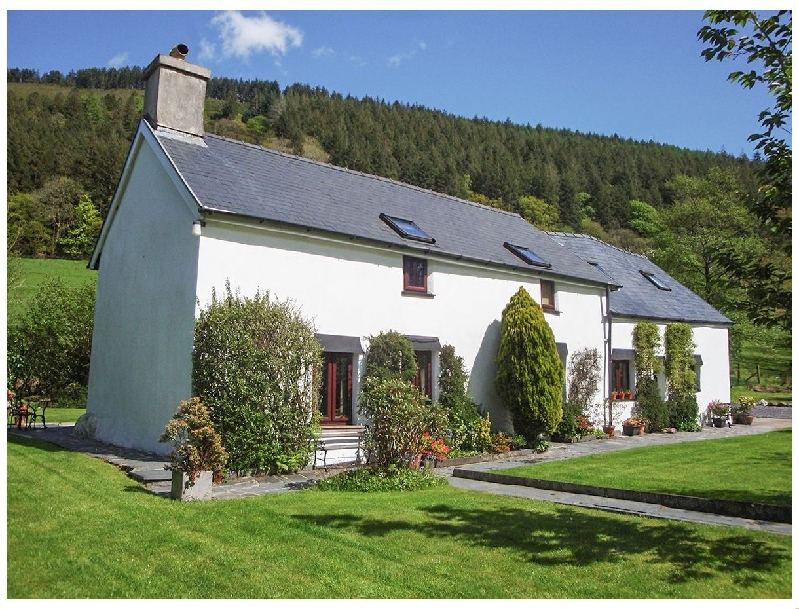 Self Catering Cottage Holidays at Dafarn Newydd