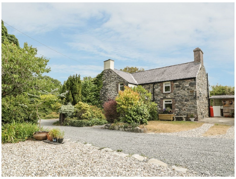 Self Catering Cottage Holidays at Plas Mawr