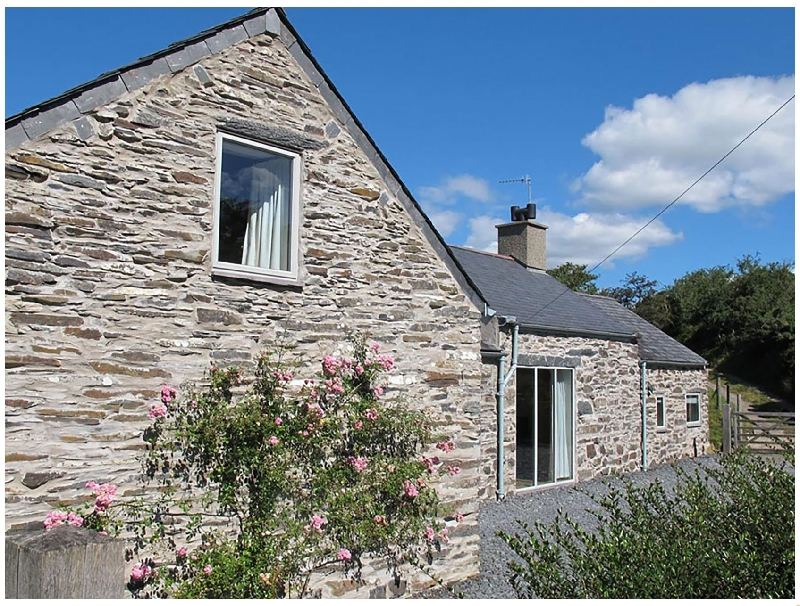 Self Catering Cottage Holidays at Cefn Isaf