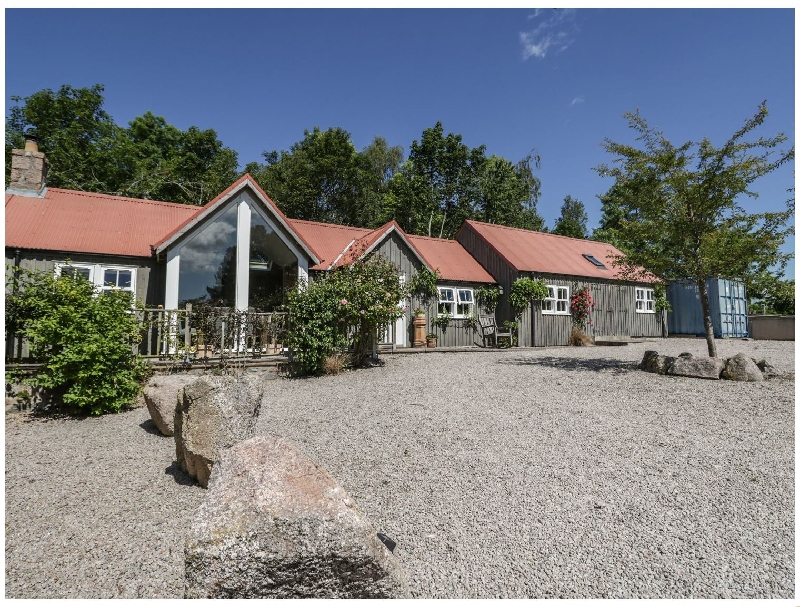 Self Catering Cottage Holidays at Drumhead Bothy